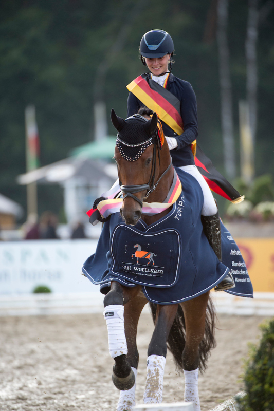 Bundeschampion 2020 Fynch Hatton OLD - Foto: Equitaris